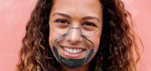 Gülümsemenizi gösterebileceğiniz şeffaf maske